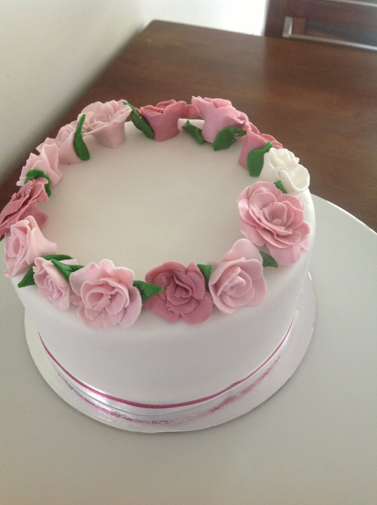 Rose Ring Cake Coastal Cake Design