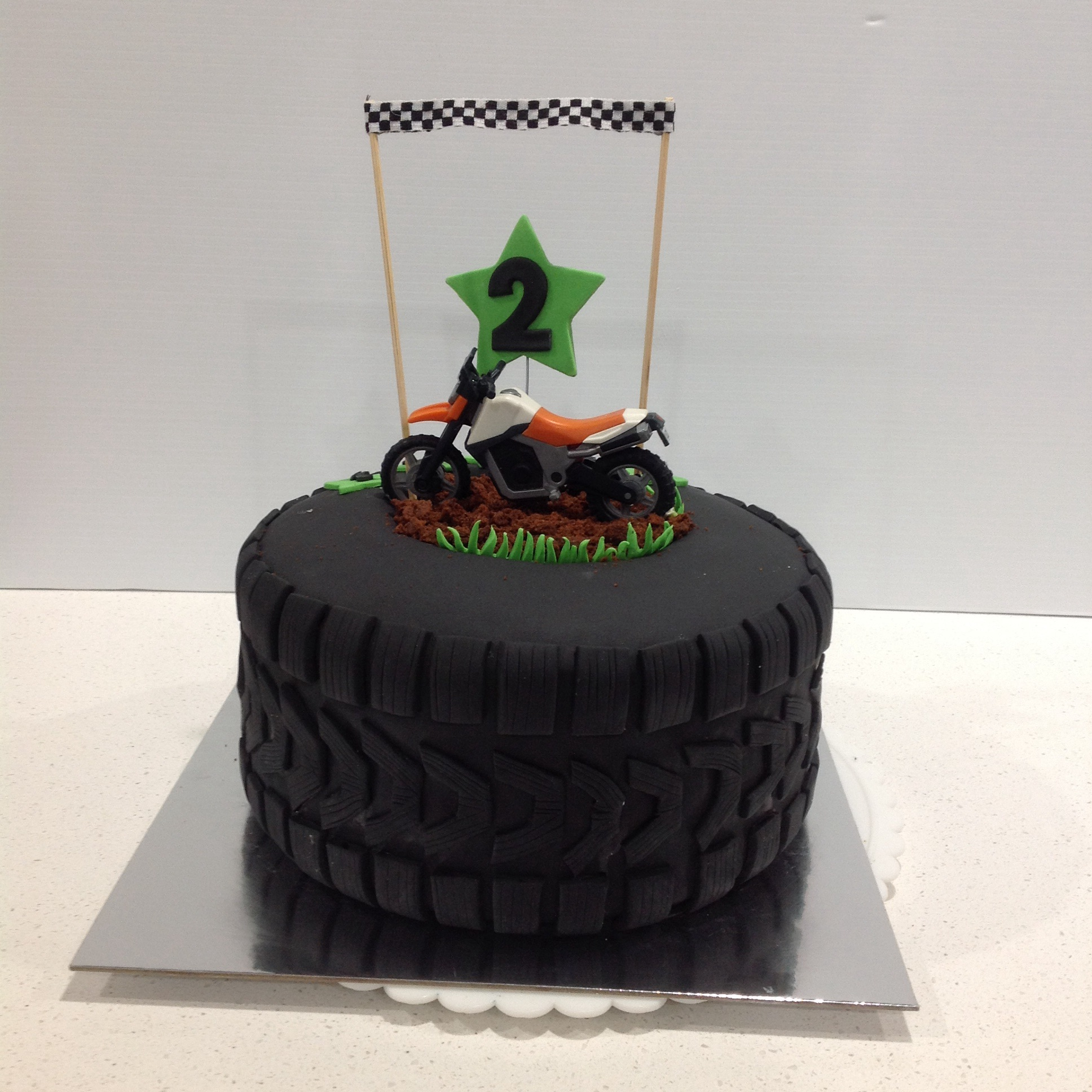 Motor Bike Tyre Cake