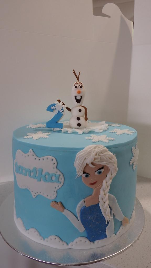 Fantastic Frozen Elsa Cake Coastal Cake Design Personalised Birthday Cards Epsylily Jamesorg